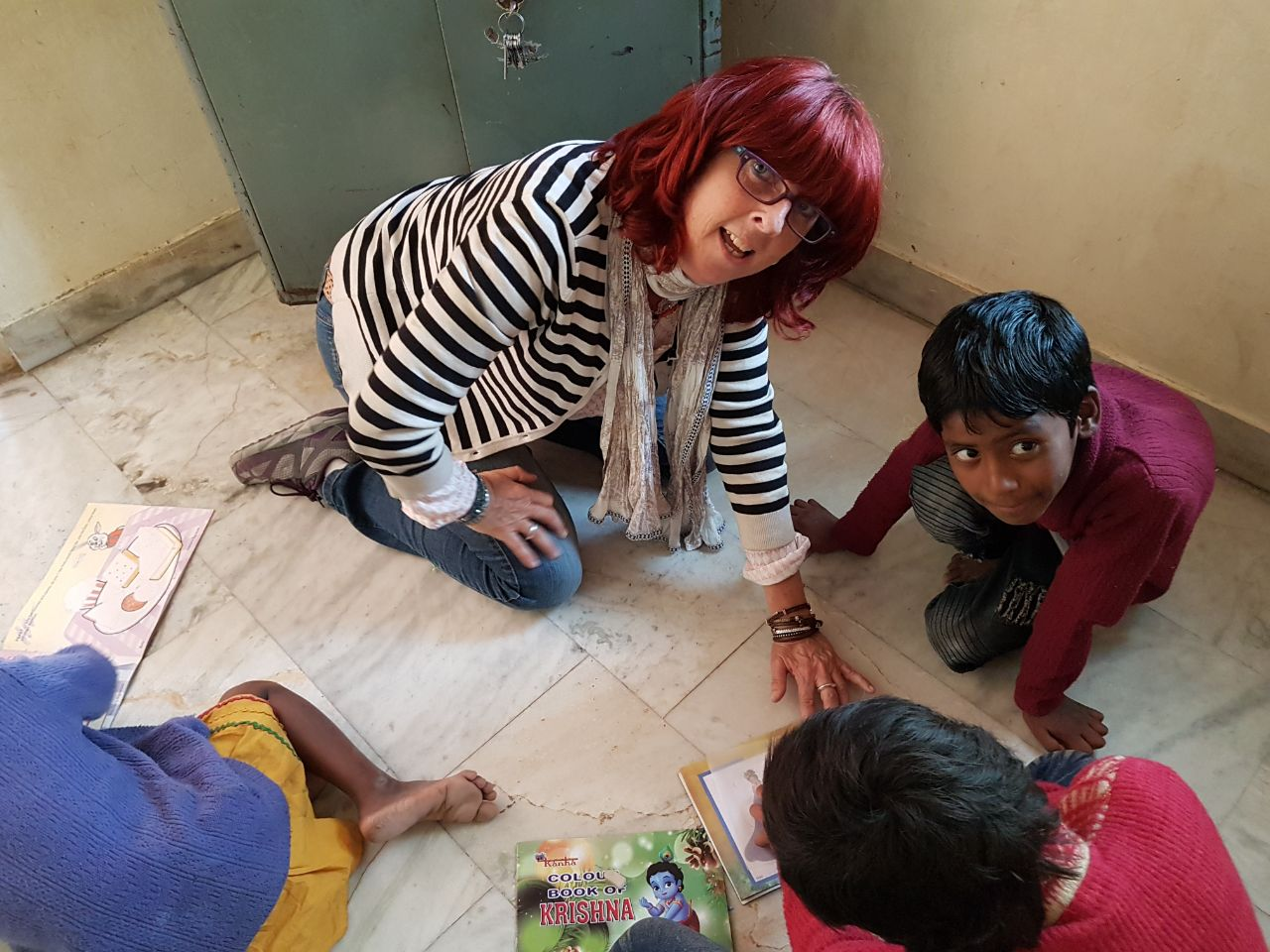 world's education for kids - Kinder in Rajasthan mit Raymonde